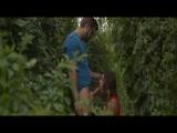 Nyilvános testvér szex a kertben